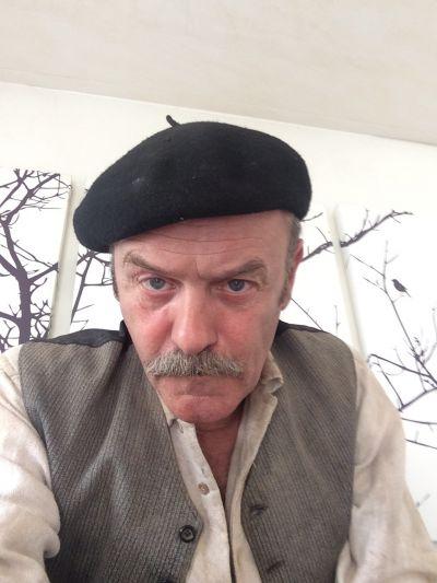Jacques Bonnaffé au béret