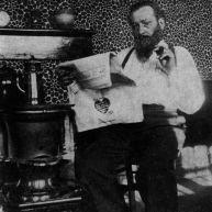 Jules Mousseron et son poêle flamand